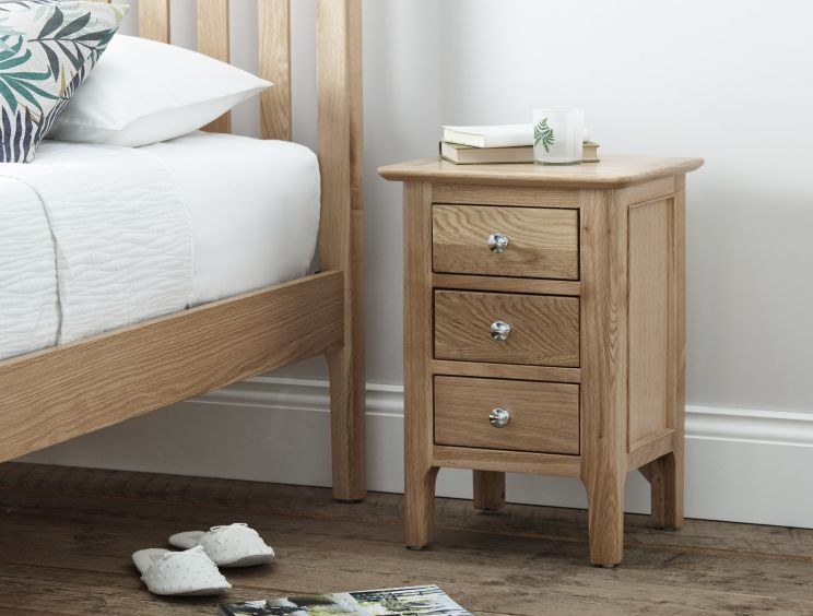 Newport Small Oak 3 Drw Bedside