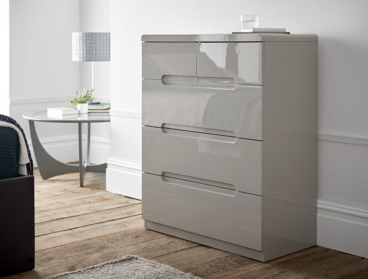 Manilla Taupe 3 + 2 Drawer Chest