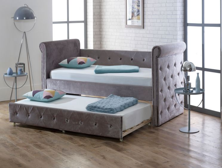 Chesterfield Upholstered Day Bed - Silver